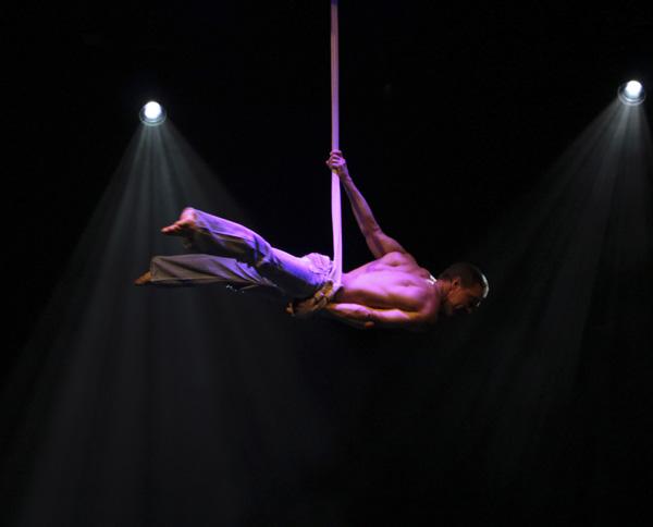 aerial solo gymnast